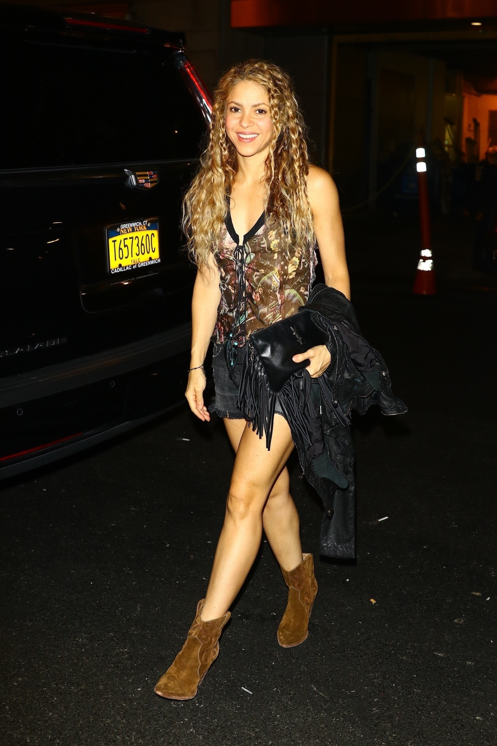 78215188_shakira-in-new-york-20180809-1.jpg