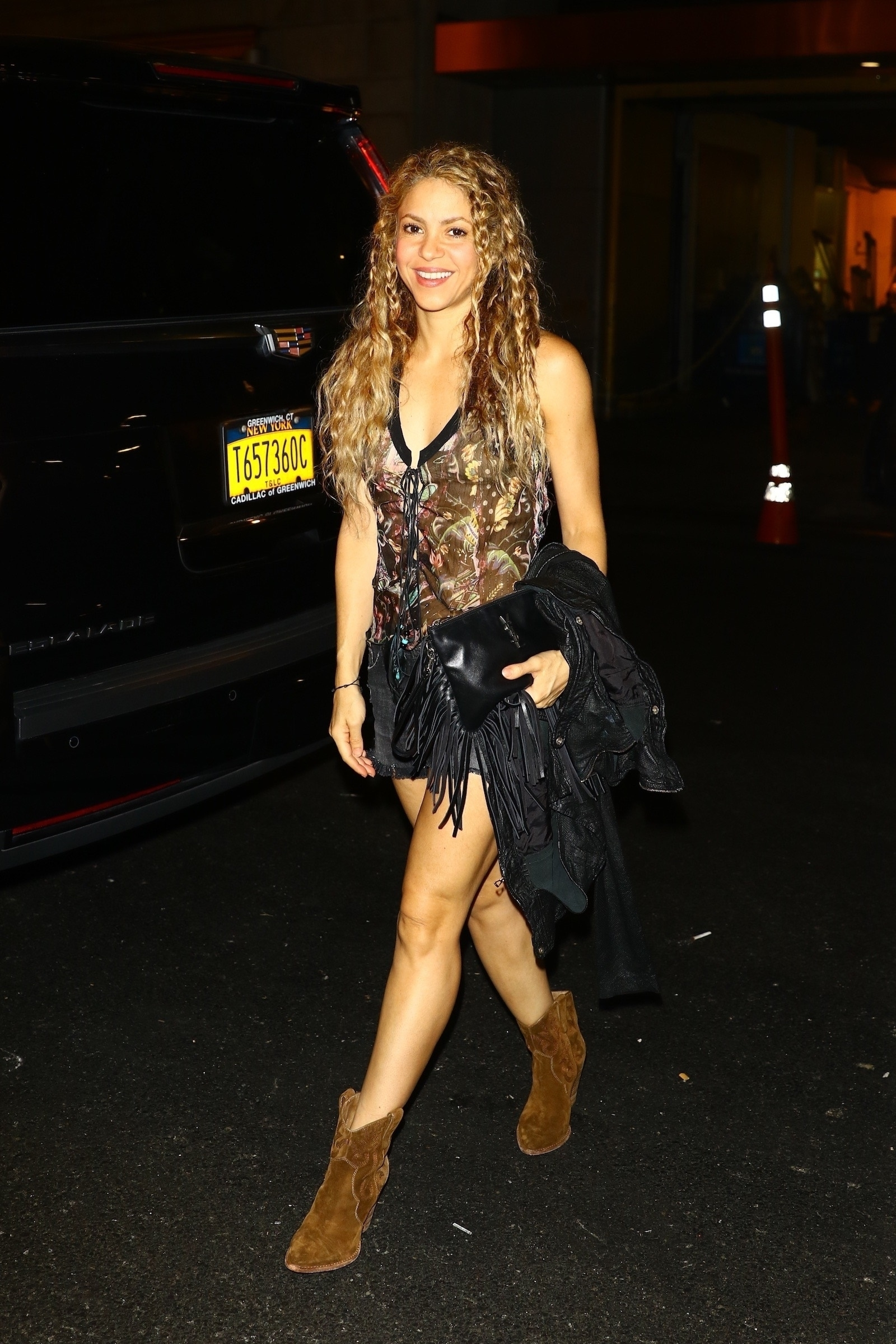 78215224_shakira-in-new-york-20180809-7.jpg