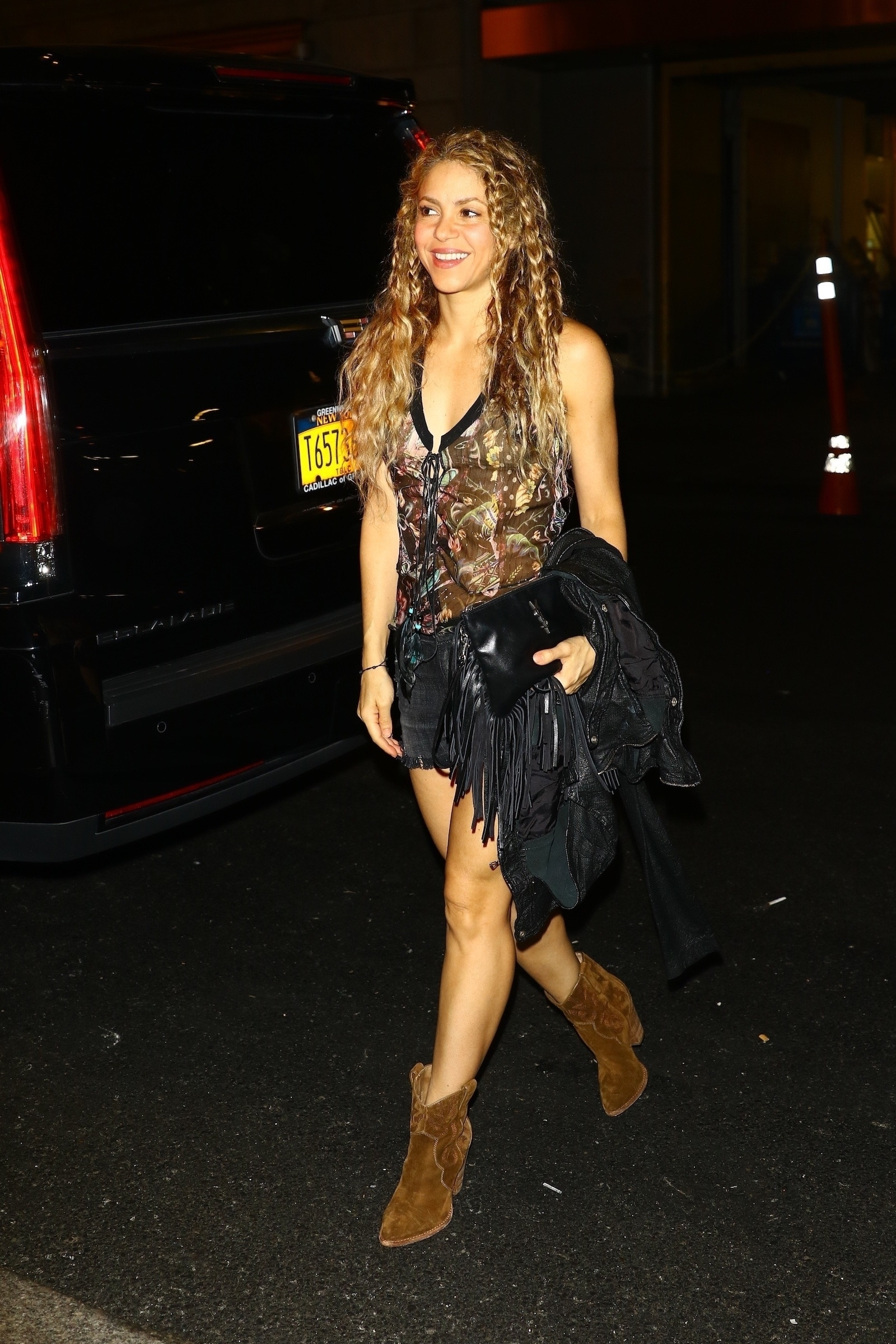 78215232_shakira-in-new-york-20180809-8.jpg