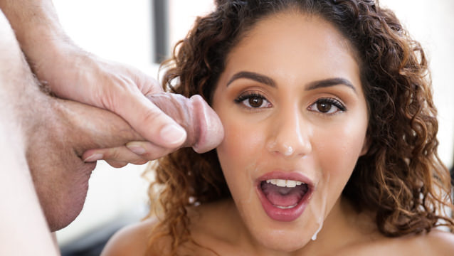 [1000Facials] Liv Revamped – Latinas At Work