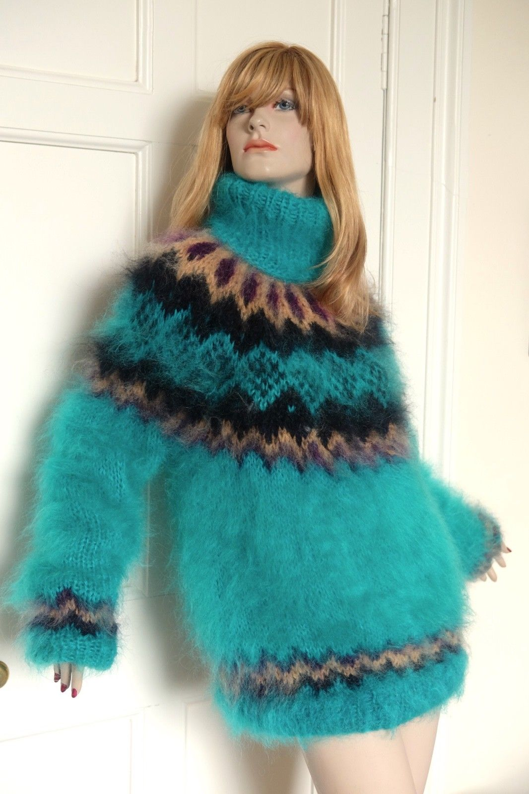 77854332_mohair-sweater-in-jade-green-with-a-nordic-pattern1.jpg